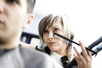 Find Cosmetology Schools, Cosmetology School Resources